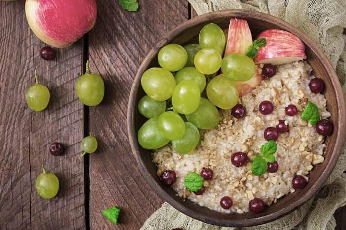 upfit-trauben-apfel-porridge-rezept-1